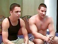 sovrum pappor och söner gay