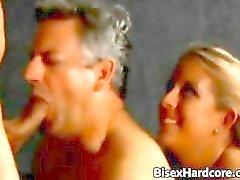 любительский бисексуал блондинка фаллоимитатор чертов