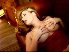 erica campbell vollbusig großen brüste große brust