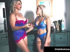 webcams blondes lesbiennes