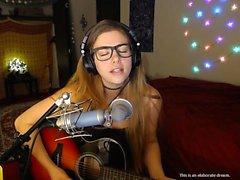 amateur petits seins bas étudiant webcam