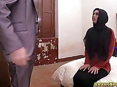 Desperate Arab blowjobs that big cock for money