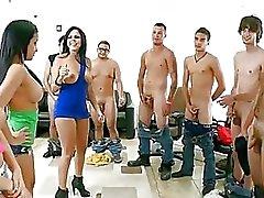 cfnm festa orgia sexual