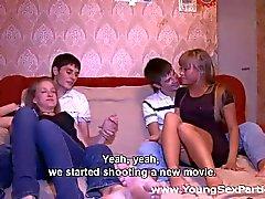 cumshots grup seks gençler