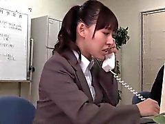 asiatique cames cachées japonais fessée