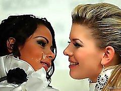blondine blowjob brünett abspritzen fetisch