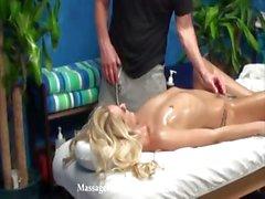 kindje blond pijpbeurt hardcore massage
