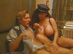 анальный секс большие сиськи марочный тройка анальный