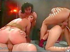 asiático hardcore sexo em grupo