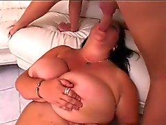 bbw stora bröst avsugningar vintage