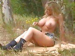 большие сиськи блондинках мастурбация