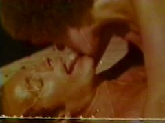 Peepshow Loops 251 70s and 80s - Scene 1