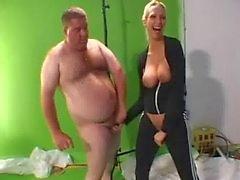 Goober Finally Loses Virginity Bukkake