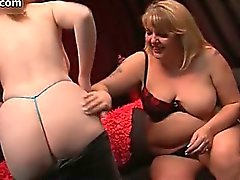 Nasty mature lesbians get horny rubbing part5