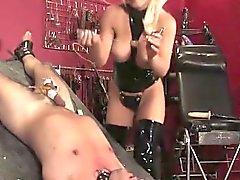 bdsm rubia femdom fetiche látex