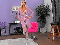 blondit alusvaatteet sukat teini-ikä
