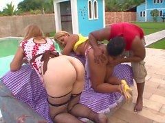blowjobs büyük göğüsler ırklararası üçlü hd videoları
