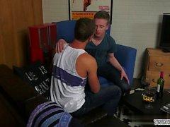 homosexuell geblasen homosexuell homosexuell homosexuell handarbeit homosexuell latin