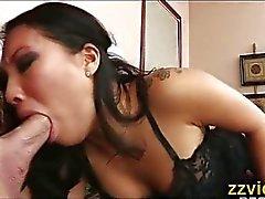 asiatico pompino brunetta coppia