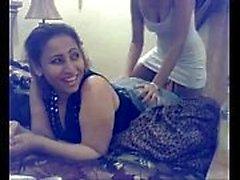 Lankan Lesbians kello