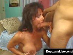 coppia sesso vaginale sesso orale maturo grandi tette