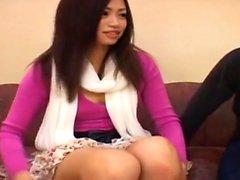 asiatique poilu japonais petits seins étudiant