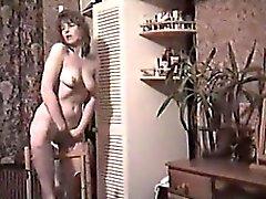 любительский брюнетка мастурбация