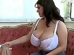 gros seins fétiche milf
