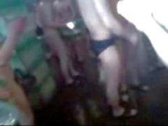 em linha reta soldados homossexual nu banho