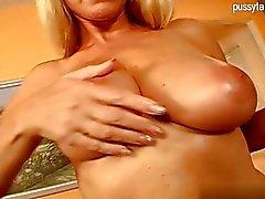 pareja masturbación sexo oral maduro abuelita