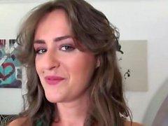 bambino brunetta europeo hardcore