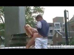 putain de petite amie fountainoutdoors public