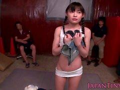 japonais menue squirting asiatique groupe