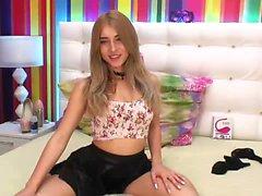 amateur blond masturbation solo webcam