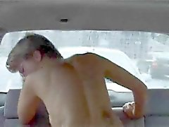 Mature euro wife used in the backseat
