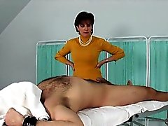 Unfaithful english mature lady sonia shows her huge jugs