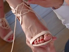 bill bailey sídney de cole grande dick loveherfeet footjob pie actividades con los pies