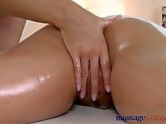 massaggio sensuale femmina ai orgasmo