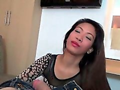asiático mamada digitación paja