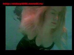 соло девушки господство рабство блондинка брюнетка