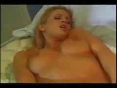 lesbiennes lingerie godemiché