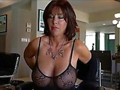 amateur big boobs brünett lecken