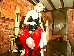 Slave-suffers-in-Dungeon