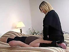 mistress facesitting
