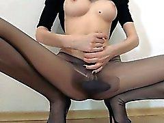 Hot 18yo girl posing in front of mirorr