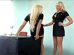 милашка блондинка лесбиянка