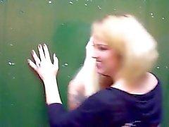 torção da menina - com garota público fora