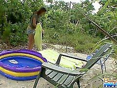 amateur baby-sitter de plein air