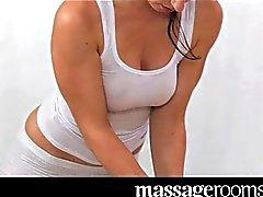 loira morena caucasiano lésbica massagem