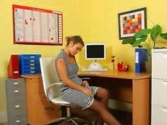 kantoor plagen kindje brunette tiener